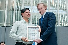 Bebemama receiving Award at World Bank by Robert B. Zoellick
